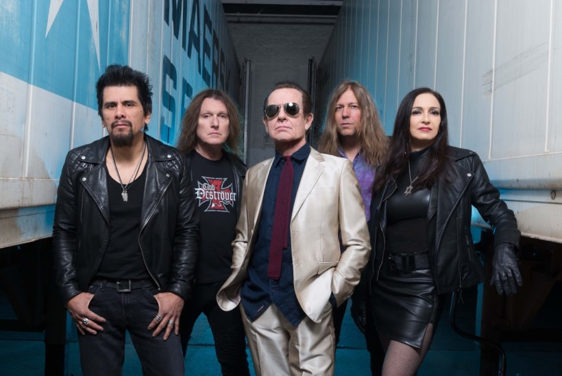 "unnamed 3 5 - REVIEW: GRAHAM BONNET BAND - ""Meanwhile, Back In The Garage"""