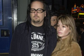 Jonathan and Deven Davis - KORN Members Have Issued Statements on Death of Singer Jonathan Davis' Wife