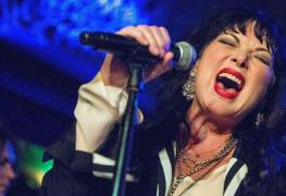 """Ann Wilson - HEART Singer Ann Wilson: """"I Was Not Surprised When Chris Cornell Died. He Was So Complicated"""""""