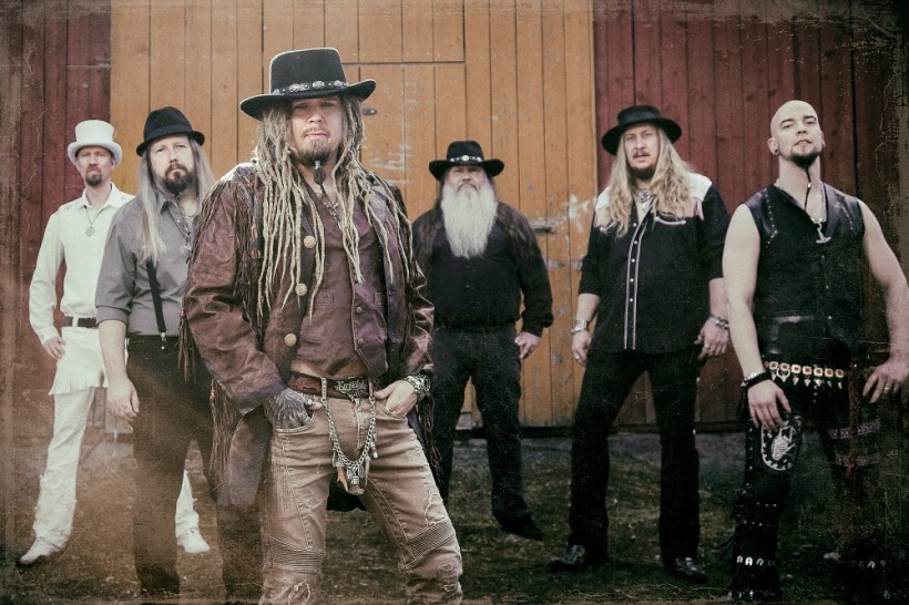 "Korpiklaani2018c - INTERVIEW: KORPIKLAANI's Sami Perttula on 'Kulkija' - ""We Have Reached The Higher Level In Our Musical Expression"""