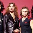 "Van Halen - David Lee Roth Reveals Early VAN HALEN Days: ""A Perfect Wedding Band"""