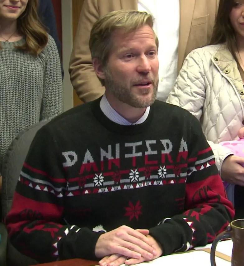 mayor - Albuquerque's Metalhead Mayor Wears PANTERA Christmas Sweater For Bill-Signing Ceremony