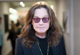 "Ozzy Osbourne - Ozzy Osbourne Recalls Cops Raiding The House During BLACK SABBATH's Vol. 4: ""It's a F*ckin Raid"""