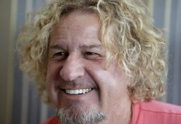 sammyhagar - SAMMY HAGAR Clarifies Comment That He Is Willing To 'Get Sick And Even Die' To Help The Economy
