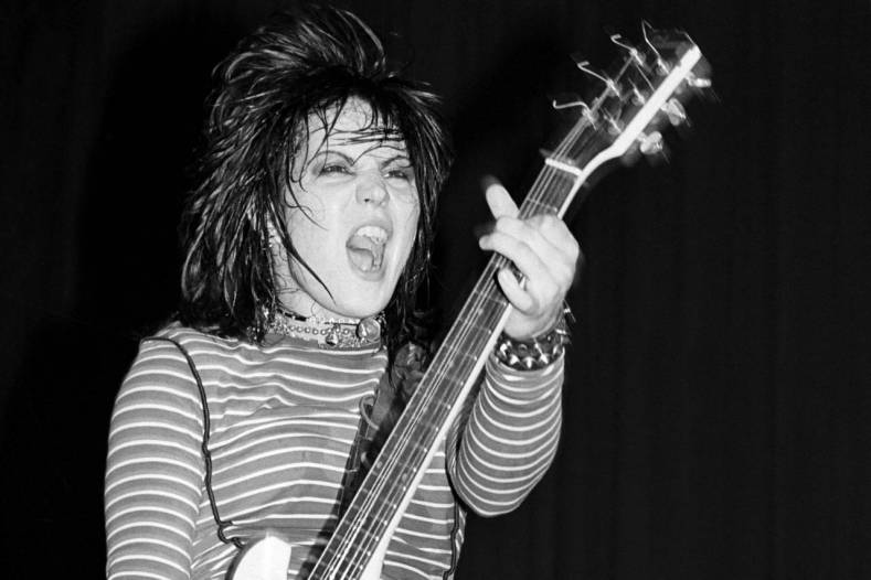 "Joan jett - Joan Jett Recalls Opening For SCORPIONS: ""They Drenched Me In Spit"""