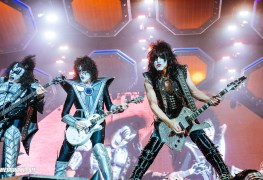 KIss Hellfest 2019 16 - KISS Manager Will Bring Out All The Former Members On Upcoming Last-Ever Concert