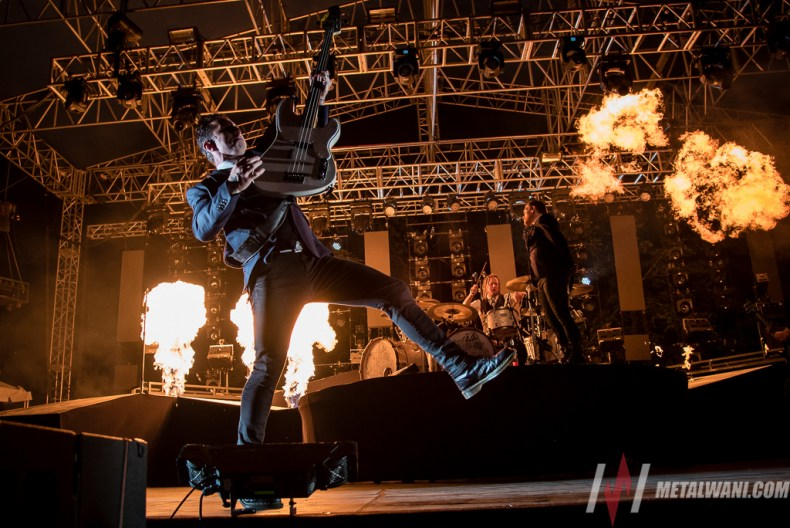 Shinedown 05.jpg - GALLERY: INKCARCERATION FESTIVAL 2019 Live at Ohio State Reformatory - Day 1 (Friday)