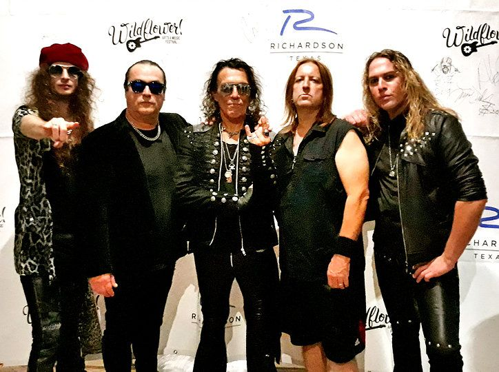 ratt - Singer Stephen Pearcy Says New Album Sounds Like Classic RATT