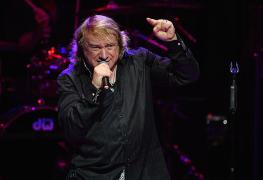 "lougramm - Original FOREIGNER Singer Lou Gramm Hospitalized: ""I Would Be In Big Trouble"""