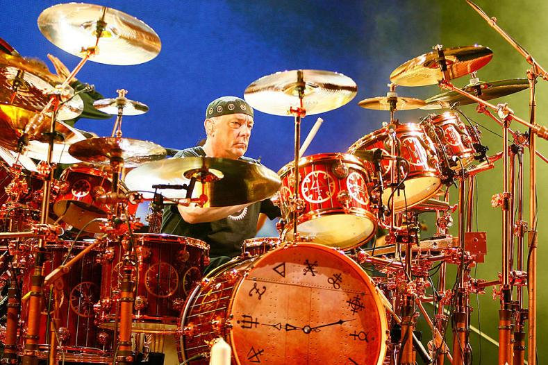 Neil Peart Rush - Watch TOOL & DREAM THEATER Honor Neil Peart Live in Concert