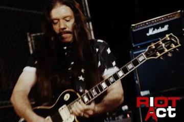 LOU A. KOUVARIS - RIOT Guitarist Lou A. Kouvaris Dead Due To Coronavirus