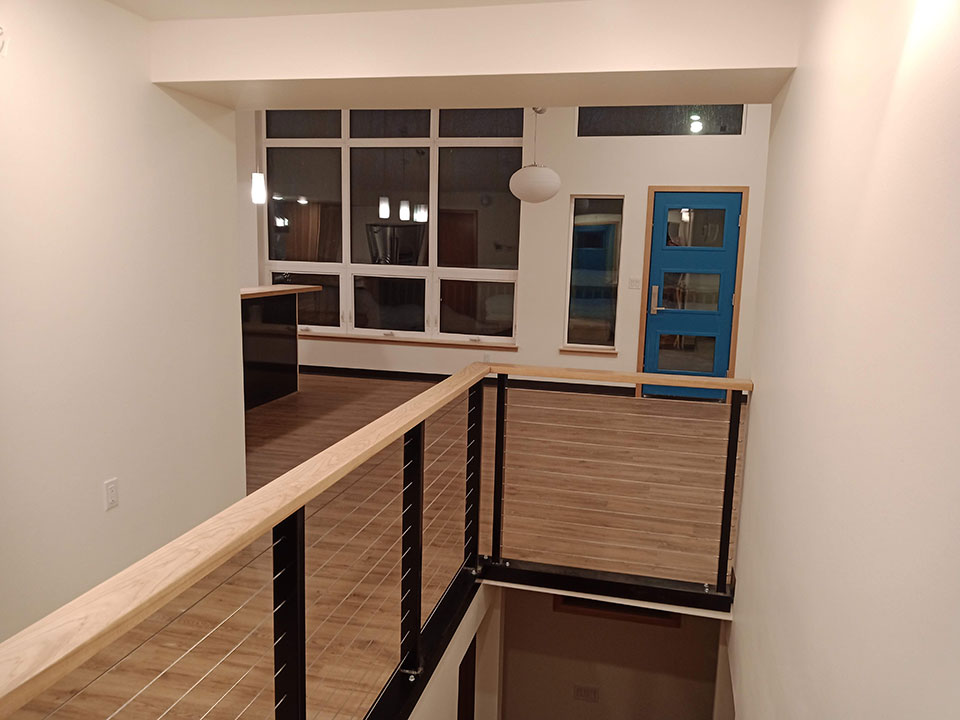 Hickory, stainless cable and welded steel railing