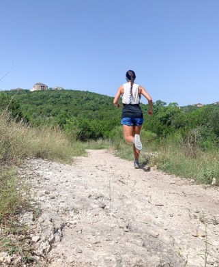 hill workouts, how to run hill workouts, benefit of hill workouts, running uphill, trail running