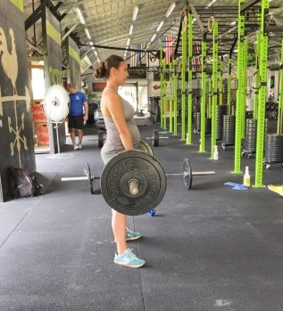 crossfitting in the second trimester, crossfitting during pregnancy, crossfit during pregnancy, crossfitting while pregnancy, crossfitting during pregnancy, strength training while pregnant