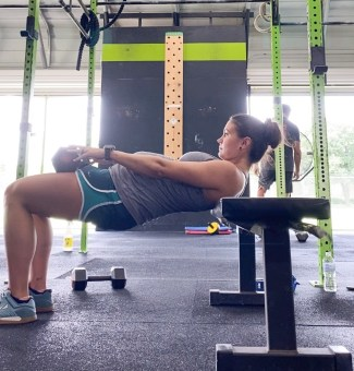 7 month bumpdate, working out while pregnant, how to stay healthy while pregnant, how to workout while pregnant, can you run while pregnant, can you crossfit while pregnant, 7 months pregnant, 7 months pregnant blog