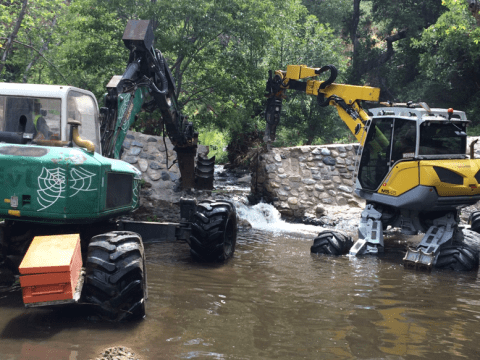 Spider excavators remove on dam on San Juan Creek in California's Cleveland National Forest. Photo: Julie Donnell, USFS