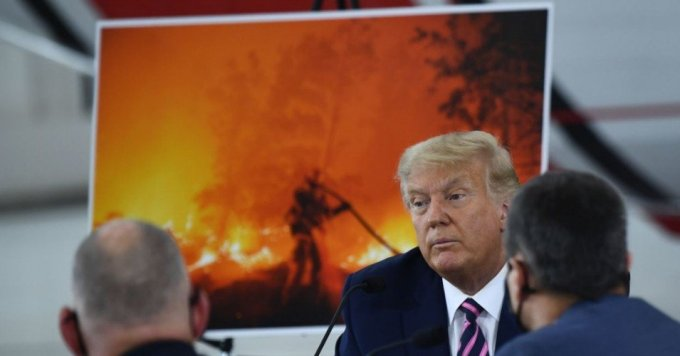 President Donald Trump speaks during a briefing on wildfires with local and federal fire and emergency officials at Sacramento McClellan Airport in McClellan Park, California on September 14, 2020. (Photo: Brendan Smialowski / AFP via Getty Images)