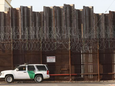Lawyers were stopped while crossing the U.S.-Mexico border and questioned by counterterrorism agents. Credit: Mario Tama/Getty Images