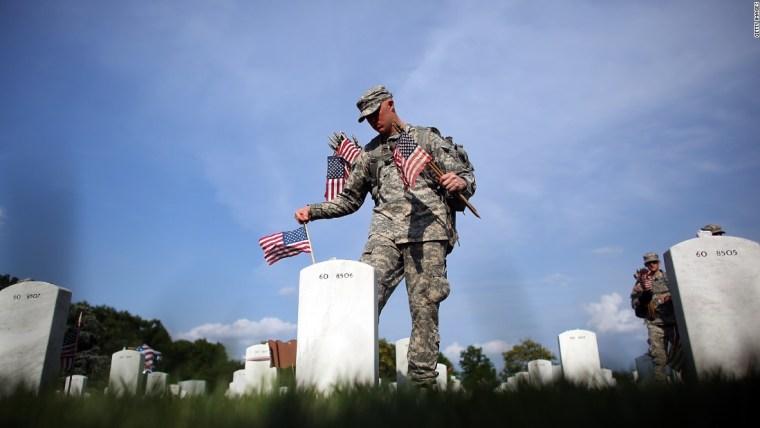 120525141042-arlington-memorial-day-super-tease