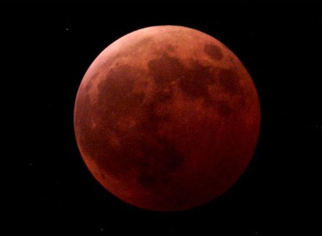 Un eclipse total de Luna será visible en América éste martes. Detalles para Venezuela