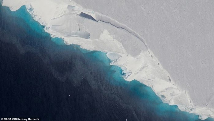 El glaciar «más peligroso del mundo» podría estar al borde del colapso según la NASA. Tiene suficiente hielo para elevar el océano mundial un poco más de 65 centímetros