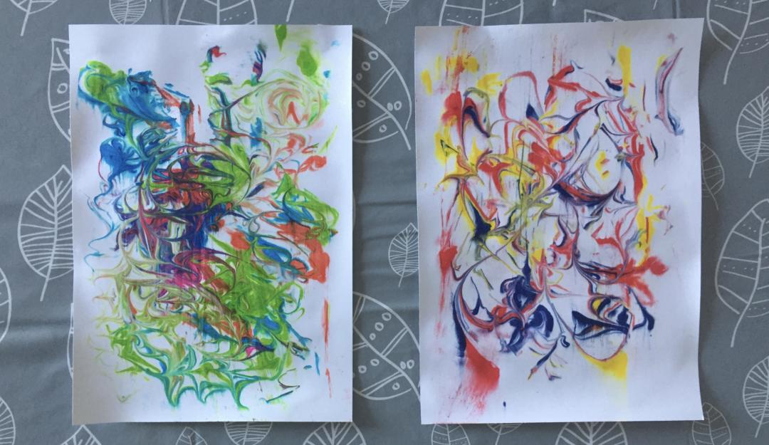 Card marbled with shaving foam and food colouring
