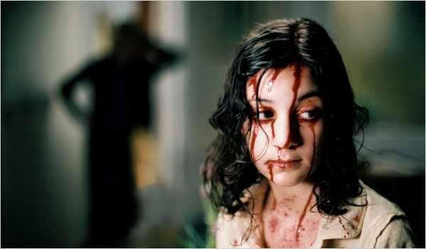 Lina Leandersson as Eli