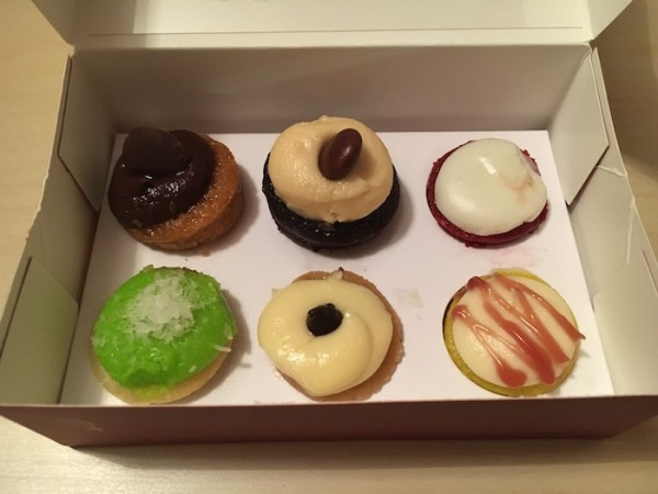 Marleys Cupcakes - in display box