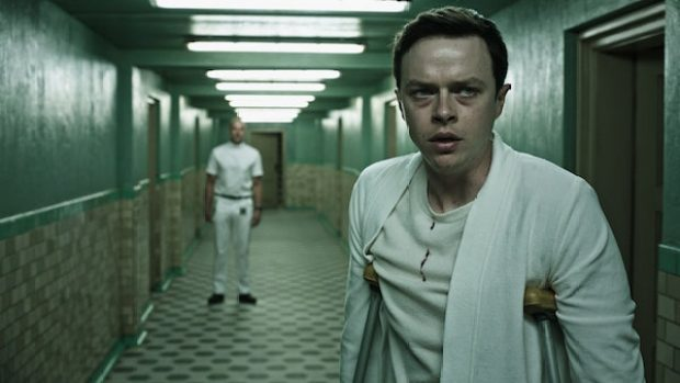 rs-a-cure-for-wellness-dane dehaan on crutches