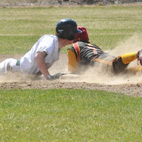 Lions sweep aside Kittitas, advance to state
