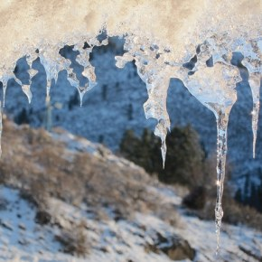 Icicles hanging from the eaves of a cabin on Cub Creek Road portend a week of extreme cold. Forecasts call for lows in the single digits, or even below zero in some spots. However, more snow is not in the near-term outlook. Photo by Don Nelson