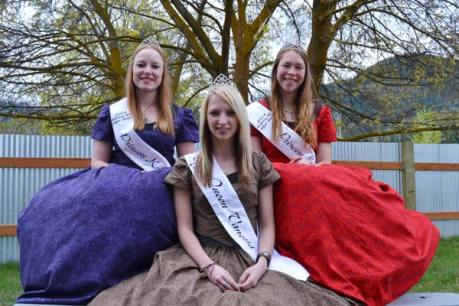 Junior royalty Katherine Tannehill, left, Vanessa Smith and Lily Darwood are all dressed up with someplace to go. Photo by Laurelle Walsh
