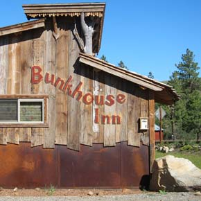 Bunkhouse Inn signs must come down, but town will cover costs