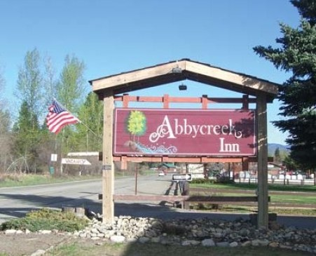 Photo by Laurelle WalshThe new sign for Abbycreek (formerly Alderbrook) Inn has the westernization committee up in arms.