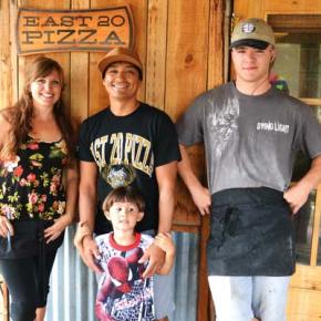 East 20 Pizza gets new manager