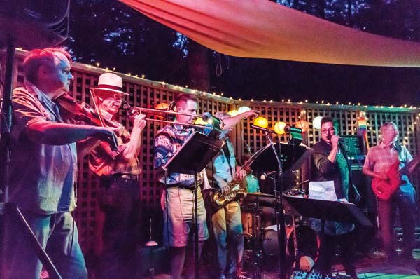 Photo by Mandi Donohue Laura Love and The Family Dog tore it up last weekend at the Mazama Country Inn.