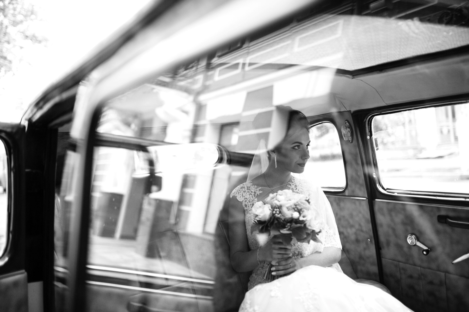 WEDDING ART PHOTOGRAPHY BLACK AND WHITE AND COLOUR PART 1 006167 (Custom)