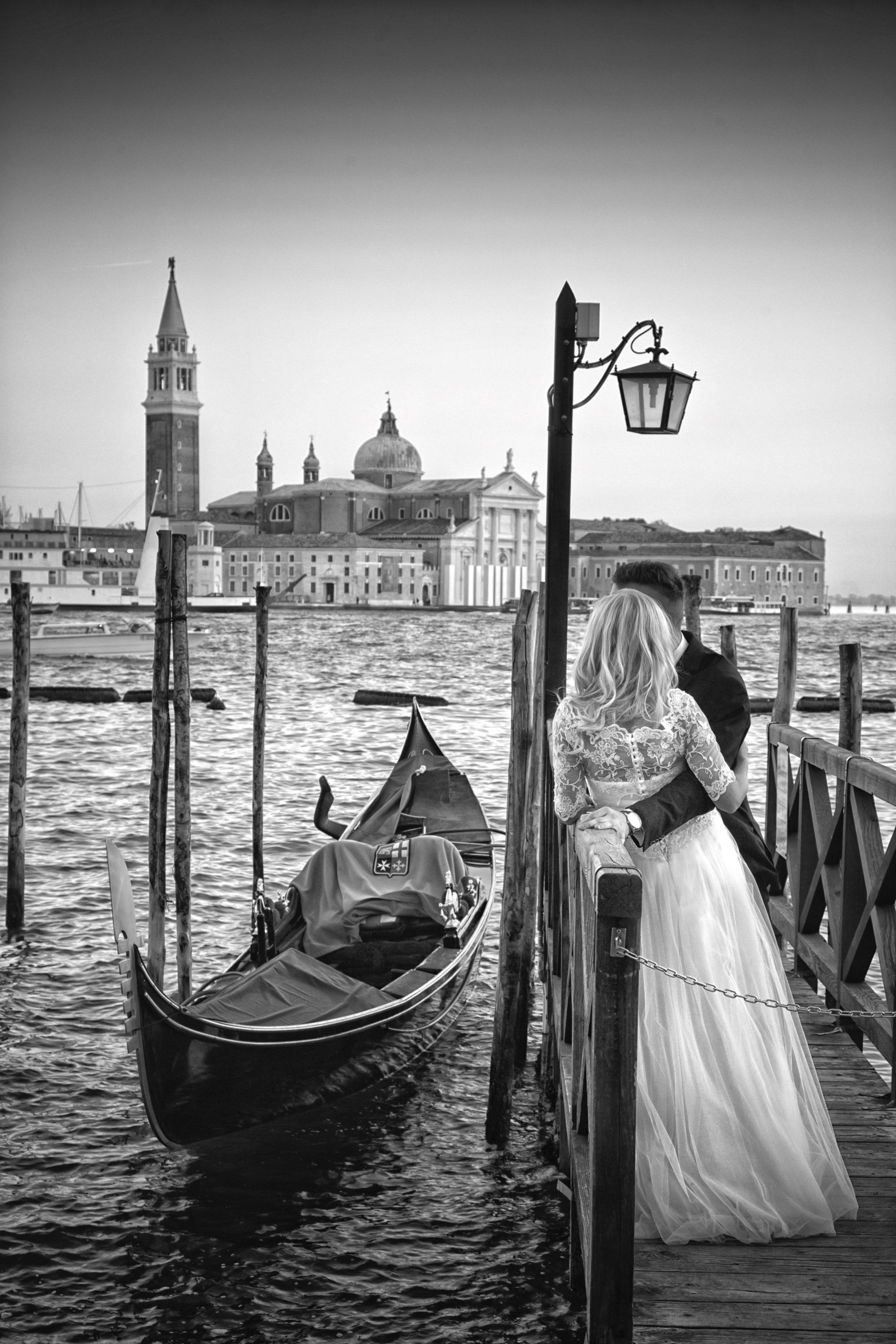 WEDDING ART PHOTOGRAPHY BLACK AND WHITE AND COLOUR PART 2 005996 (Custom)
