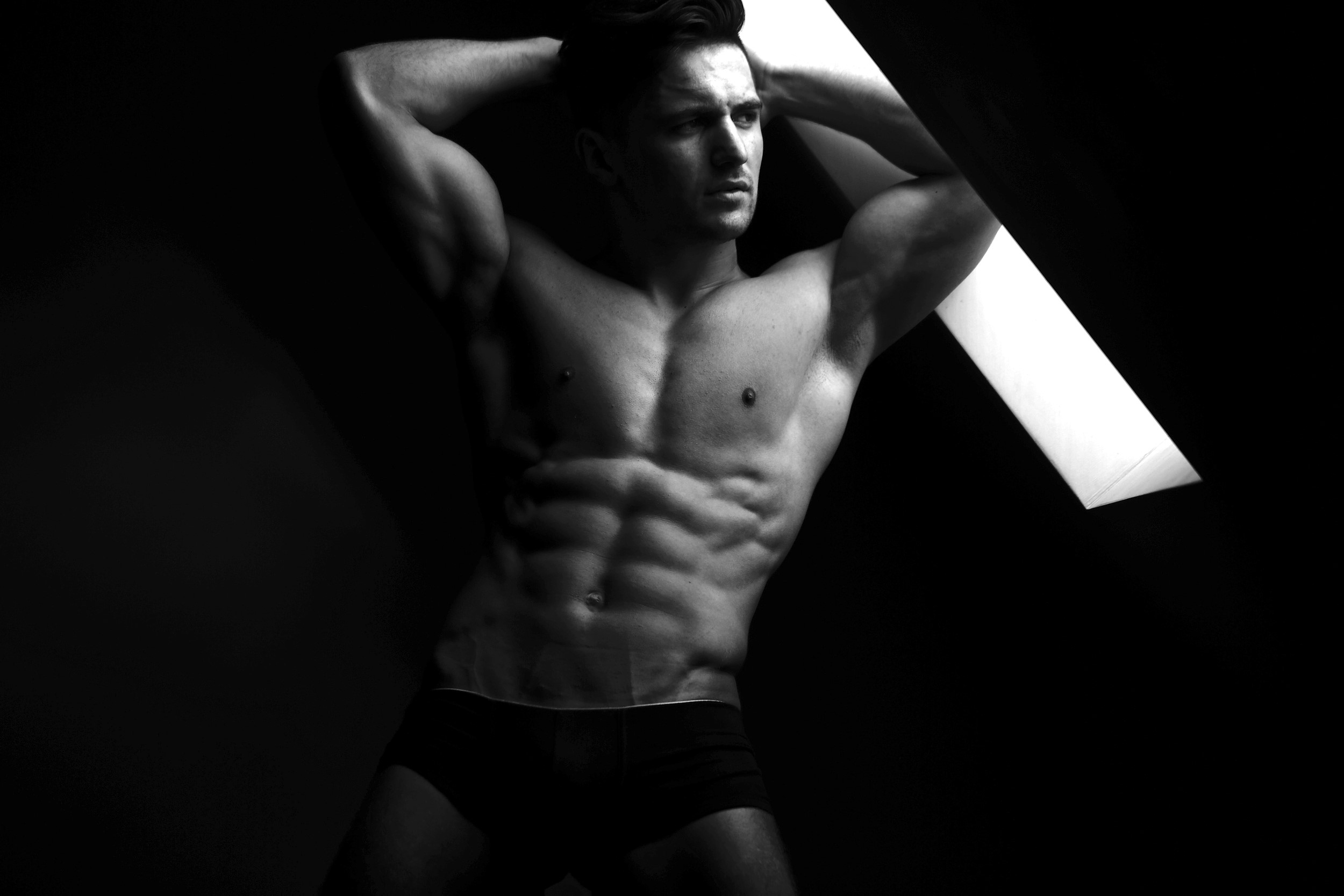 MALE FITNESS BODY PORTRAITS 004595 (Custom)