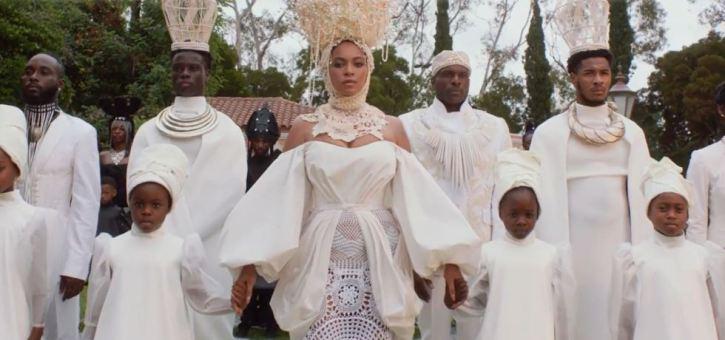DISNEY-BEYONCÉ-scrive-dirige-ed-è-executive-producer-del-visual-album-BLACK-IS-KING-2