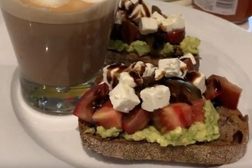 avocado tomato and feta toast