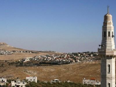 """هل إسرائيل """"أرحم"""" من الأنظمة العربيّة؟"""
