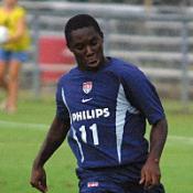 Adu to train with United