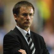 Roeder quits Newcastle