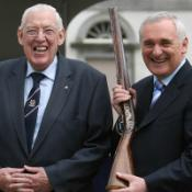 Paisley, Ahern in vow over future