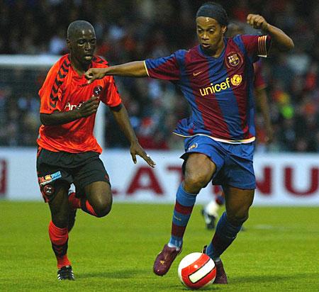 Ronaldinho against Dundee United