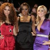 Sugababes hold onto top slot