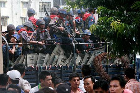 Burma soldiers