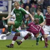 Edinburgh derby ends level