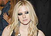 Avril is 'too hot' for Malaysia